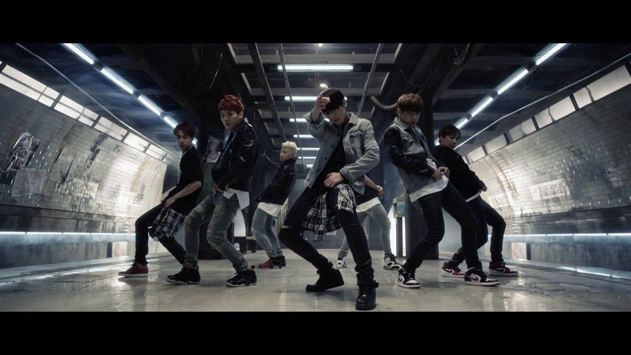DANGER – B.T.S 방탄소년단