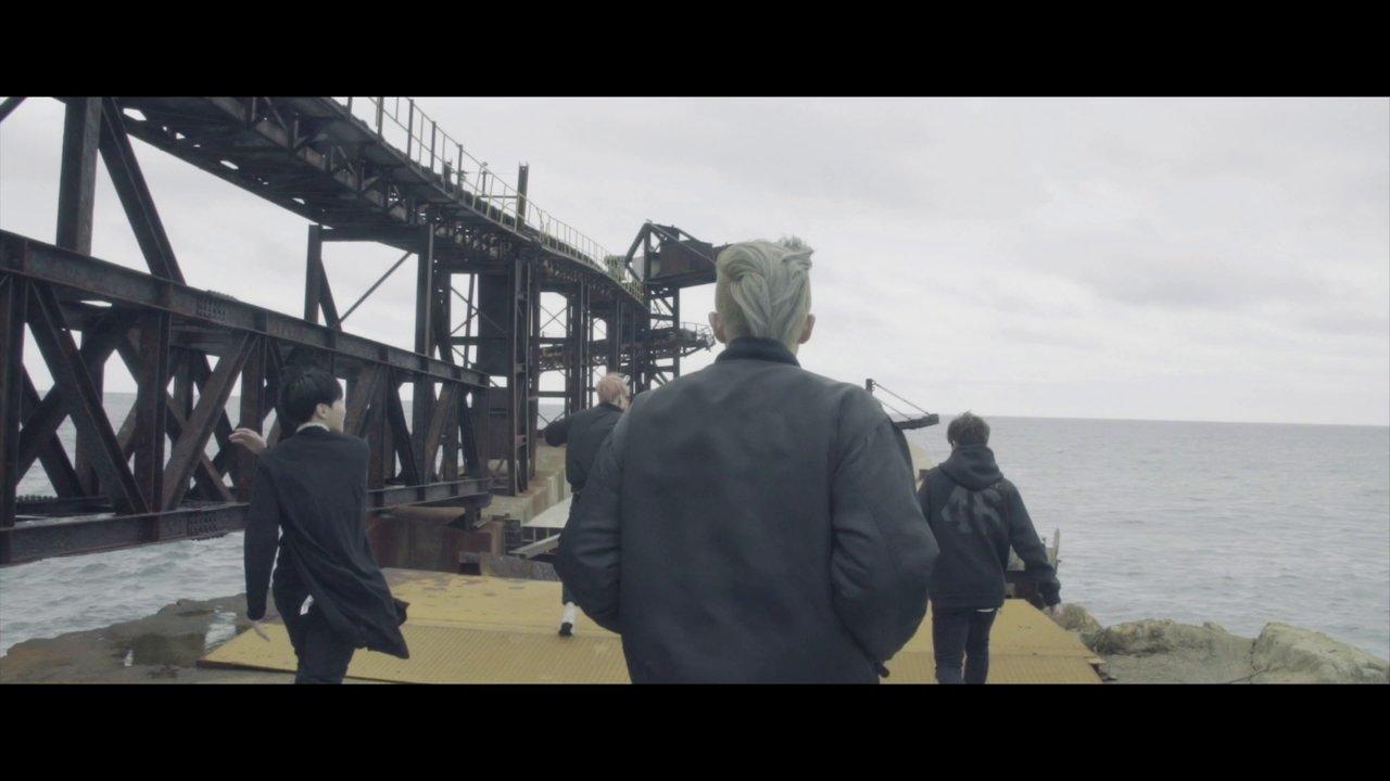 방탄소년단 BTS  – I NEED U